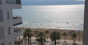 Sea front Apartment for sale in Vlora