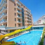 Apartment with swimming pool in Vlora