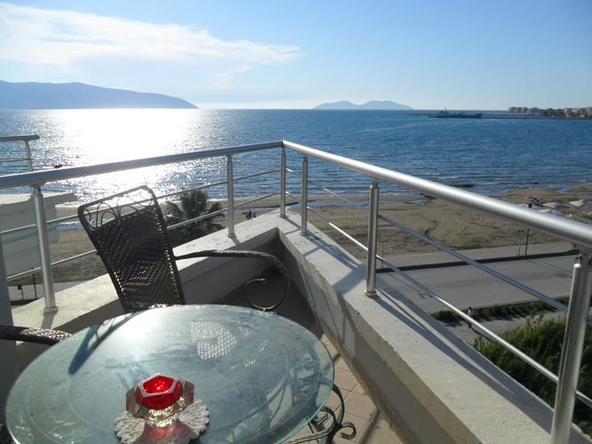 Appartamento in Vendita con Vista sul Mare