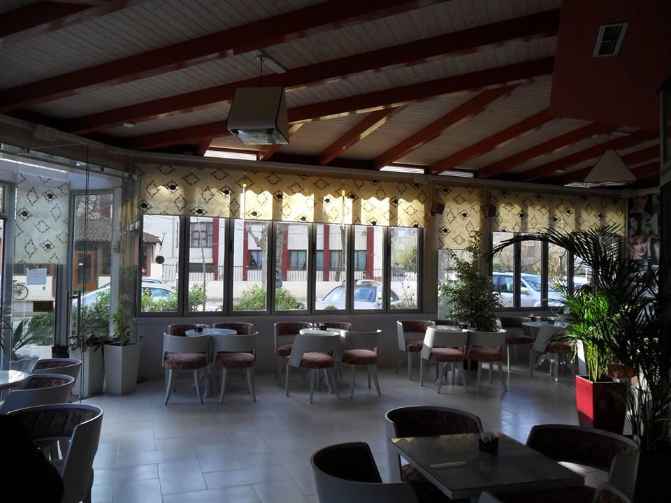 Bar in Vendita a Valona