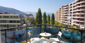 Appartamento con veranda in vendita a Valona
