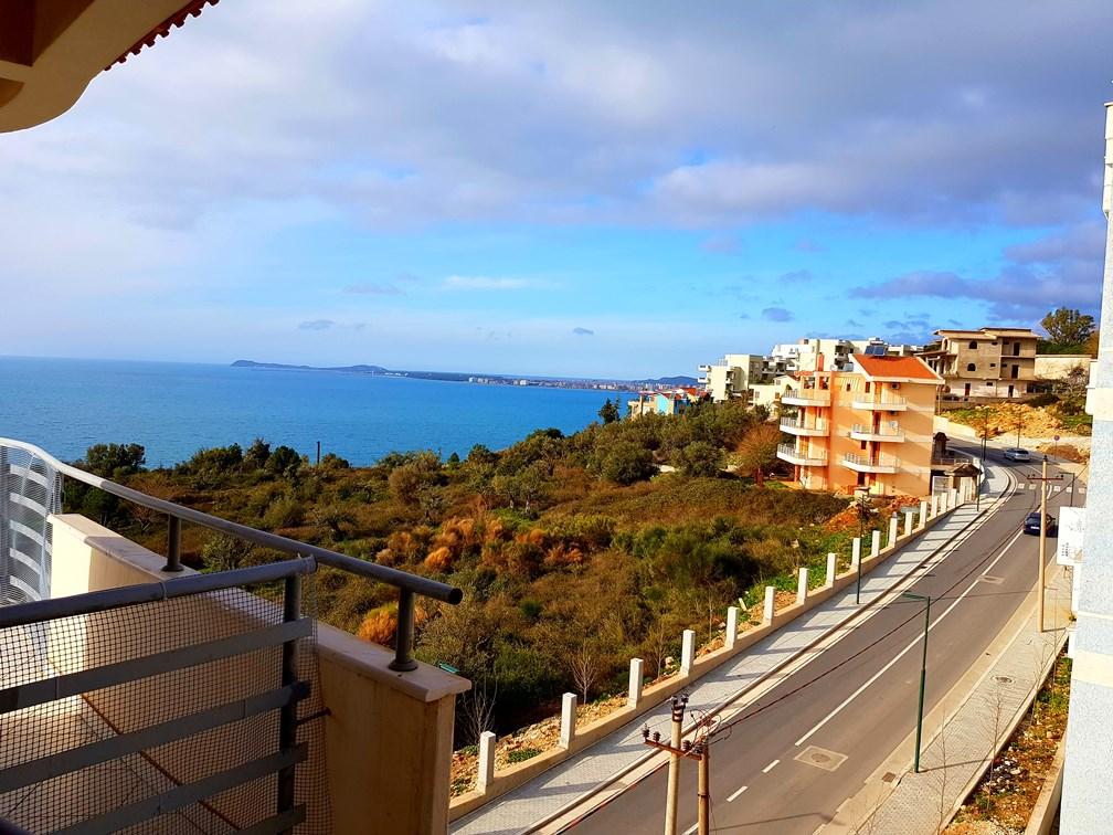 Apartament 2+1 me pamje nga deti