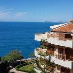 Apartament me pamje nga deti