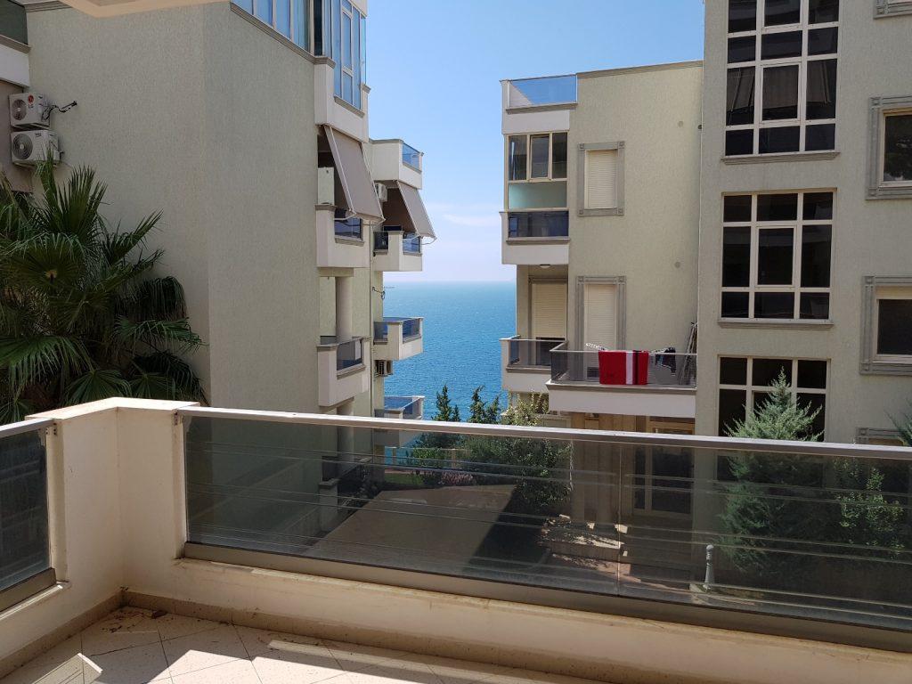 Apartament per shitje ne Vlore prane Vilave.