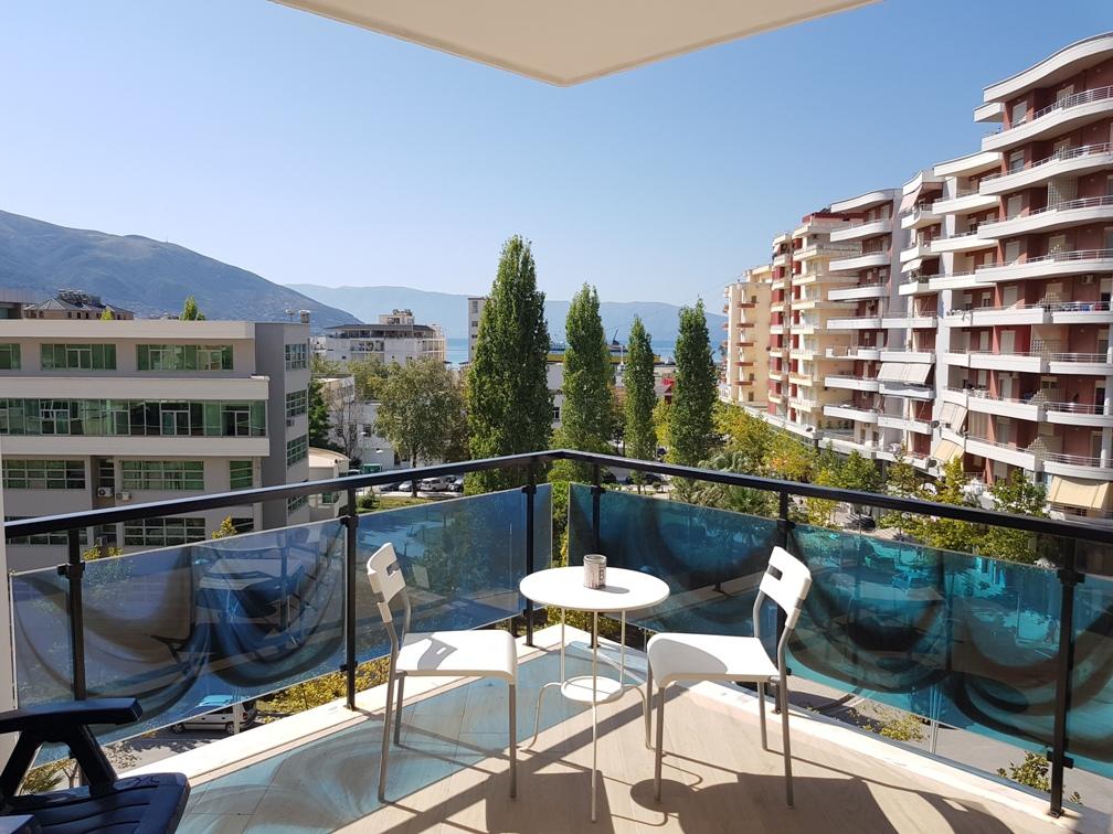 Apartament me verande per shitje ne Vlore